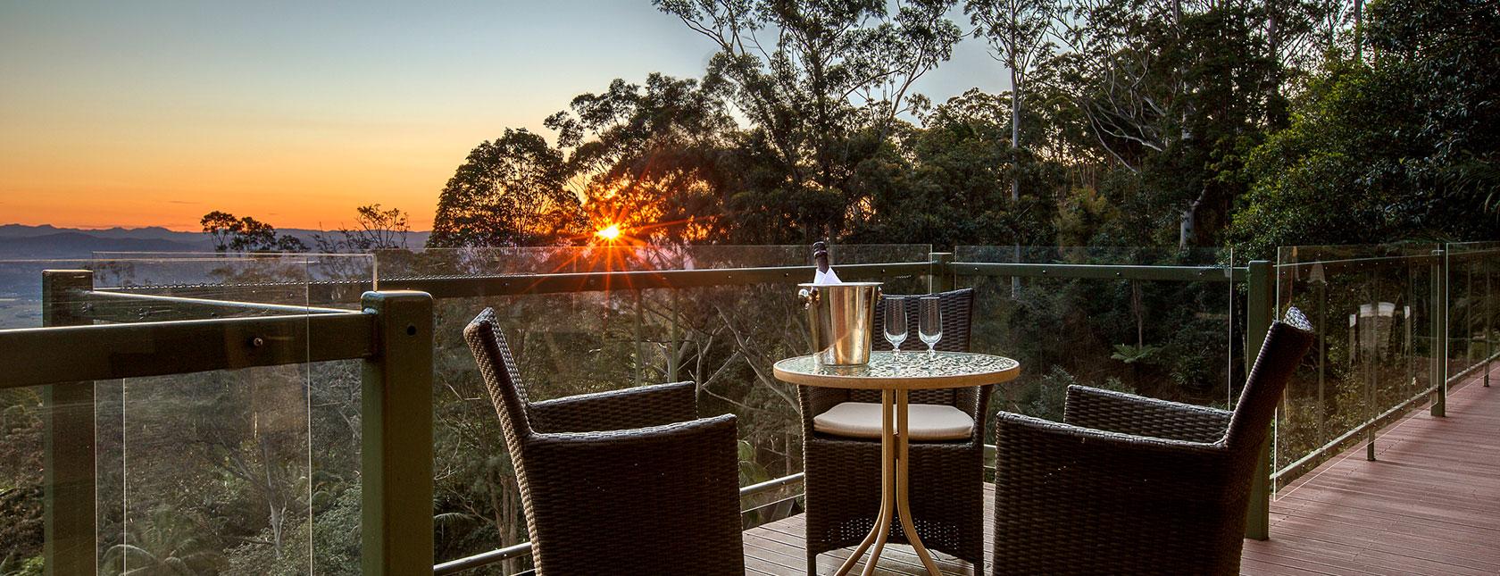 avocado-sunset-accommodation-tamborine-mountain